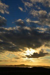 Sonnenuntergang auf der Insel Islay, in der Nähe von Bowmore